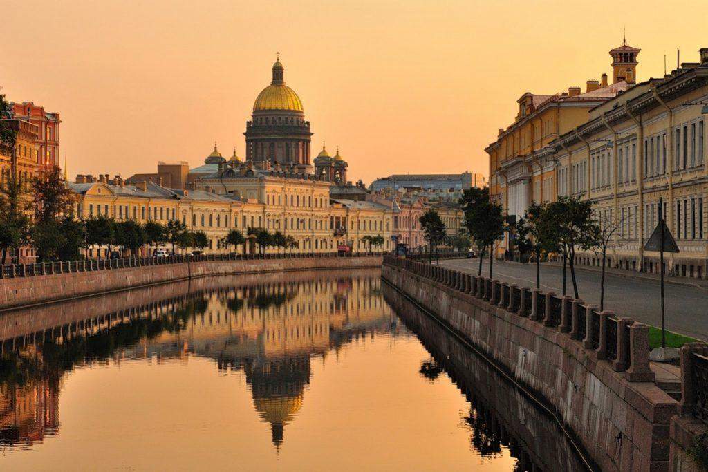 Такси из Санкт-Петербурга в Аэропорт Минска